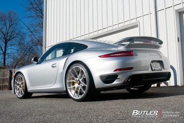 Porsche 911 Turbo S on custom 21in Center Lock Niche Targa Mono II Wheels