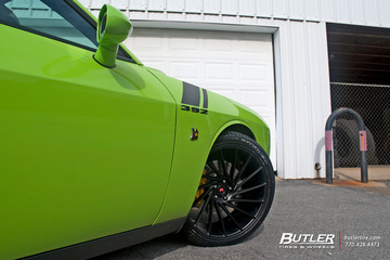 Dodge Challenger RT Scat Pack on 22in Vossen VPS-305T Wheels