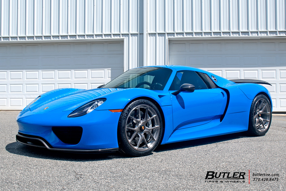 voodoo blue porsche 918 spyder on 20in hre p101 wheels. Black Bedroom Furniture Sets. Home Design Ideas