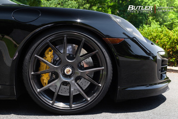 Porsche 911 Turbo S with 21in Vossen VPS-306 Wheels