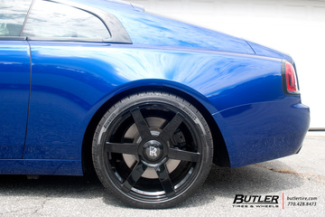 Lowered Rolls Royce Wraith on 22in AG Luxury PVT6 Wheels