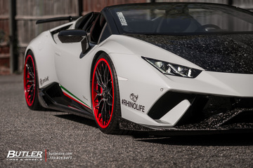 Lowered Lamborghini Huracan Performante Spyder on Custom AG Luxury AGL43 Wheels and 1016 Forged Carbon Aero