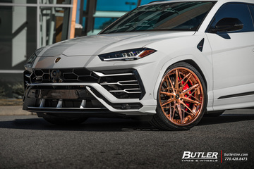 Lowered Lamborghini Urus with AG Luxury F538 Wheels and Vredestein Tires
