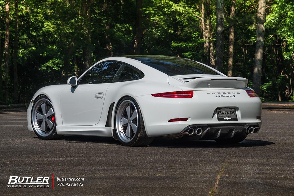 Old School Style Meets New School Porsche 911 Carrera S